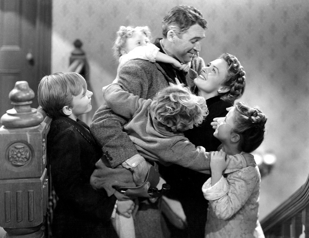an analysis of the holiday favorite movie wonderful life by frank capra Since its debut in 1946, frank capra's it's a wonderful life has become synonymous with the christmas holiday the story of george bailey (james stewart) and his guardian angel clarence (henry travers) has been parodied countless times in popular media and is now considered a classic film.